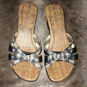 Mudd sandals size 7 very cute!